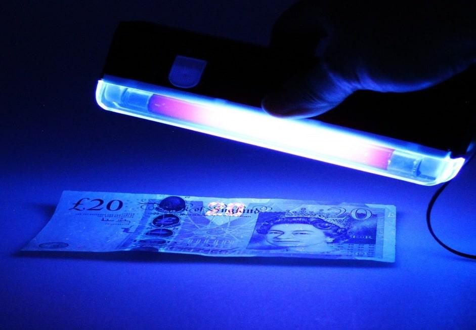 انواع لامپ UV